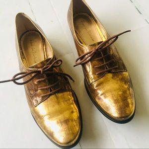 Pour La Victoire Gold Bronze Lace Up Loafer